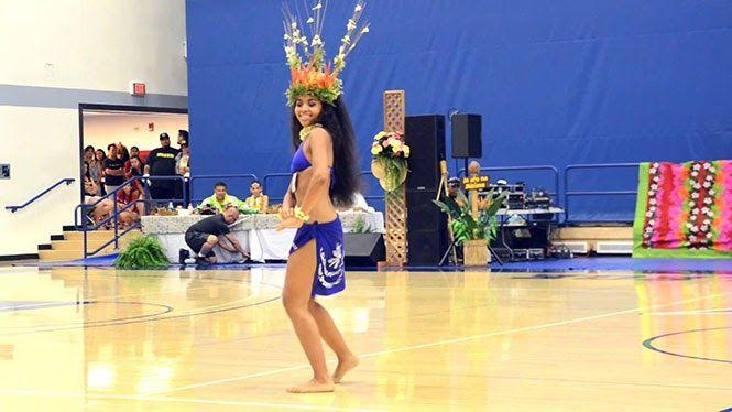 Αυτή η χορεύτρια από την Ταϊτή θα σας καθηλώσει (Video)
