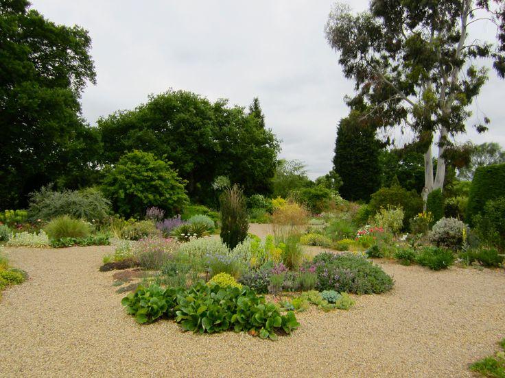 32 best Garden gravel images on Pinterest   Gravel garden ...