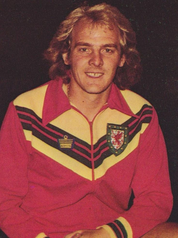 Terry Yorath Wales 1977