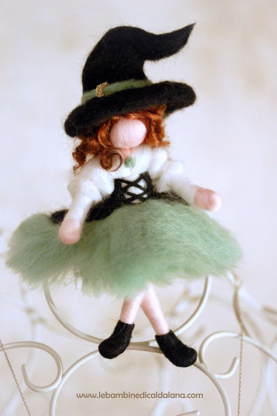Smaragd Hexe Märchen inspiriert Wolle von LeBambinediCaldalana