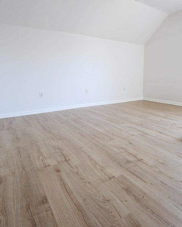 Pergo Outlast Review Our New Flooring Laminate Flooring Colors