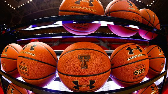 Great Job, Internet!: Facebook Messenger's new basketball game could take up the rest of your day -                                     It's March Madness season again, you know, the time of year when people who are usually indifferent to basketball suddenly become experts on it. To celebrate, Facebook has made a little mobile basketball game that, in spite of its simplicity, will almost c... http://tvseriesfullepisodes.com/index.php/2016/03/19/great-job-internet-facebook
