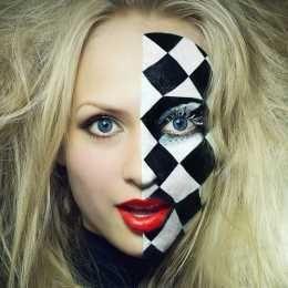 Half Chess Face Makeup Kit