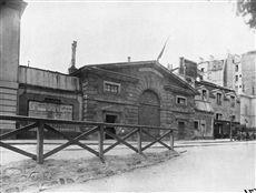 Hôpital Ricord (ancienne abbaye des Capucins, actuel Hôpital Cochin Boulevard de Port-Royal), Paris (XIVème arr.). Photographie d'Eugène Atget (1857-1927), juillet 1899. Paris, musée Carnavalet.