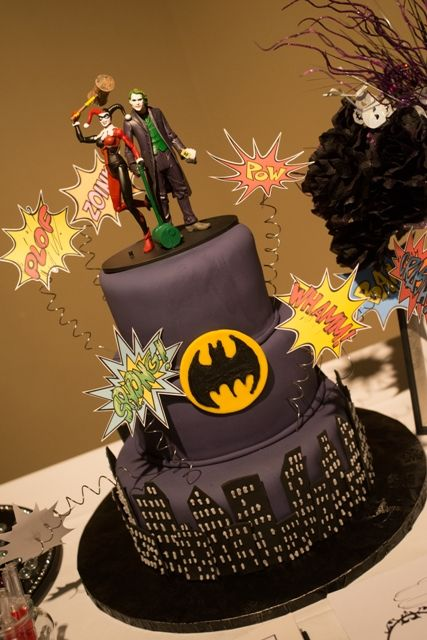 harley quinn and joker wedding cake