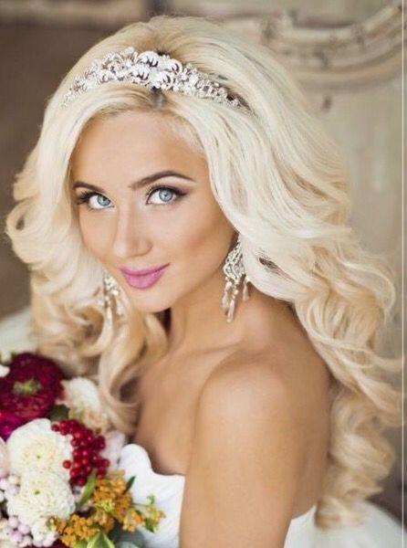 Gorgeous bleach blonde bride❤️