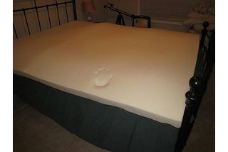 How to Clean Memory Foam Mattress Toppers | eHow