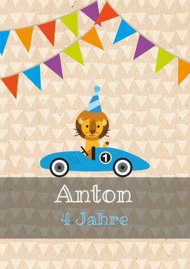 Süße Einladungskarte Zum 4. Geburtstag Mit Retro Rennauto, Löwen Und Bunter  Fähnchen Girlande