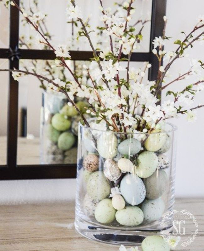 eight Easter Tablescapes That Don't Contain Bunnies