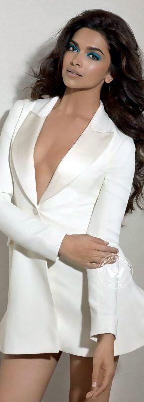WHITE LONGLINE JACKETS OVER SHORT AND A TOUCH OF AQUA Deepika Padukone SA