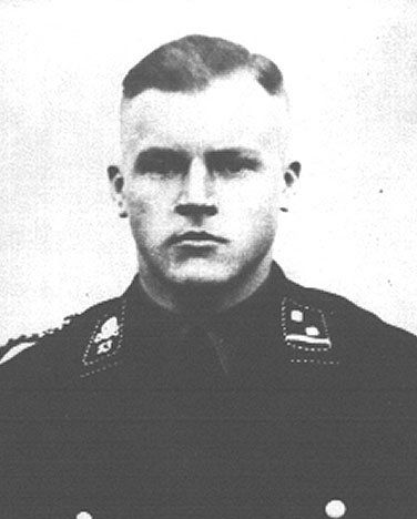 Conrad Schellong. Former member of the SA and of the Nazi party, and former SS commander who worked at Sachsenhausen and Dachau. He moved to the U.S. after the war and became a citizen, settling in the Chicago area. Following an investigation by the Department of Justice's OSI, he was stripped of his citizenship and deported to West Germany in 1988 where he died.