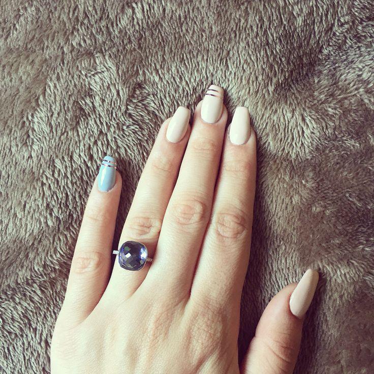 my gel nails nude grey