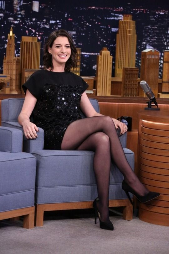 Anne Hathaway And Her Beautiful Legs In Black Pantyhose -9081