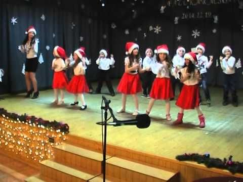 Karácsonyi tánc Kisvakond csoport - Mariah Carey All I want for Christhmas - YouTube