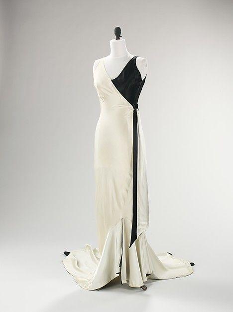 Evening ensemble Designer: Jessie Franklin Turner Date: ca. 1930 Culture: American Medium: silk Accession Number: 2009.300.511a–c