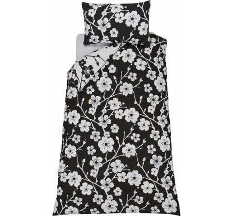 Stylish & Strikingly Evie Floral Black and White Bedding Set (Duvet Cover With Pillow Case) Reversible - Single. duvet set http://www.amazon.co.uk/dp/B01B69SAJG/ref=cm_sw_r_pi_dp_jqLWwb136MK95