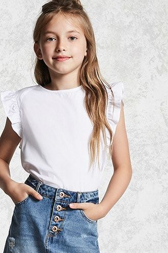Shop Forever 21's selection of girls tops to get the latest in comfort and style. From causal to dressy, shop our collection of girls tops today at Forever 21!