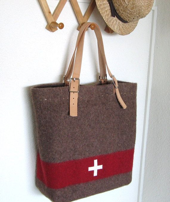 Swiss Army Blanket Bag - XL Beach Bag -durable shopping Tote- Taupe Grey Red - adjustable Leather handles - Industrial Military auf Etsy, CHF 118.15