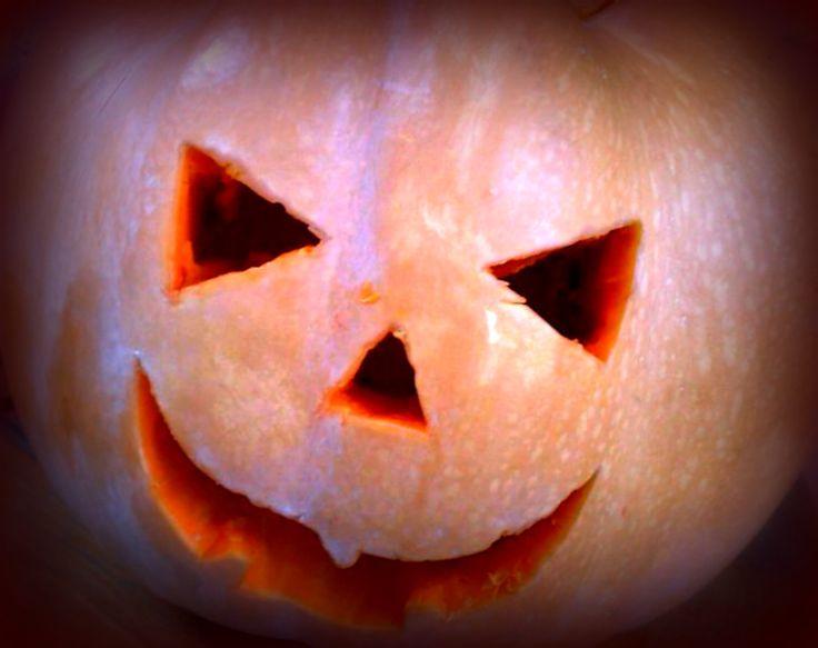 Speciale Halloween: Come pulire facilmente la zucca VIDEO