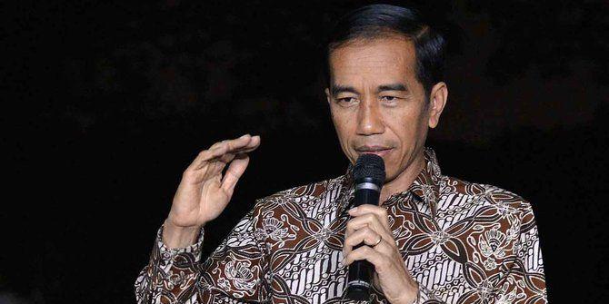 Presiden Jokowi Gelar Rapat dengan Menteri di Rumah Dinas Bupati OKI : Presiden Joko Widodo (Jokowi) menggelar rapat dengan sejumlah menteri di rumah dinas Bupati Ogan Komering Ilir (OKI) Sumatera Selatan (Sumsel) Kamis (29/10/2015).