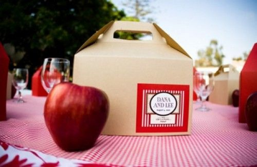 picnic-wedding-box.jpg (500×325)