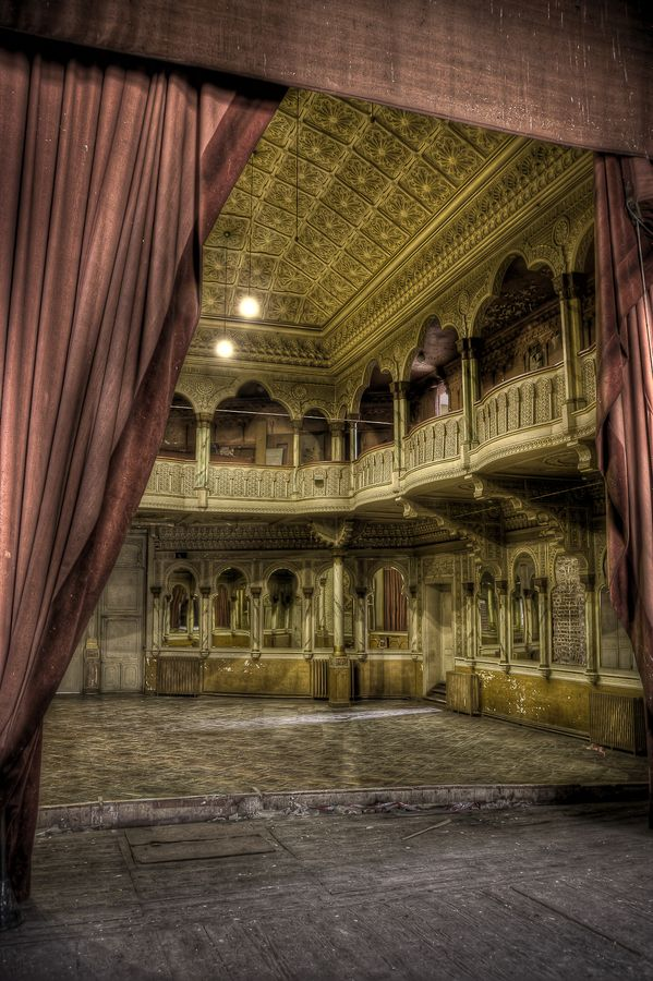 A theater in Belgium that has been abandoned for the past 25 years.  Incredible.