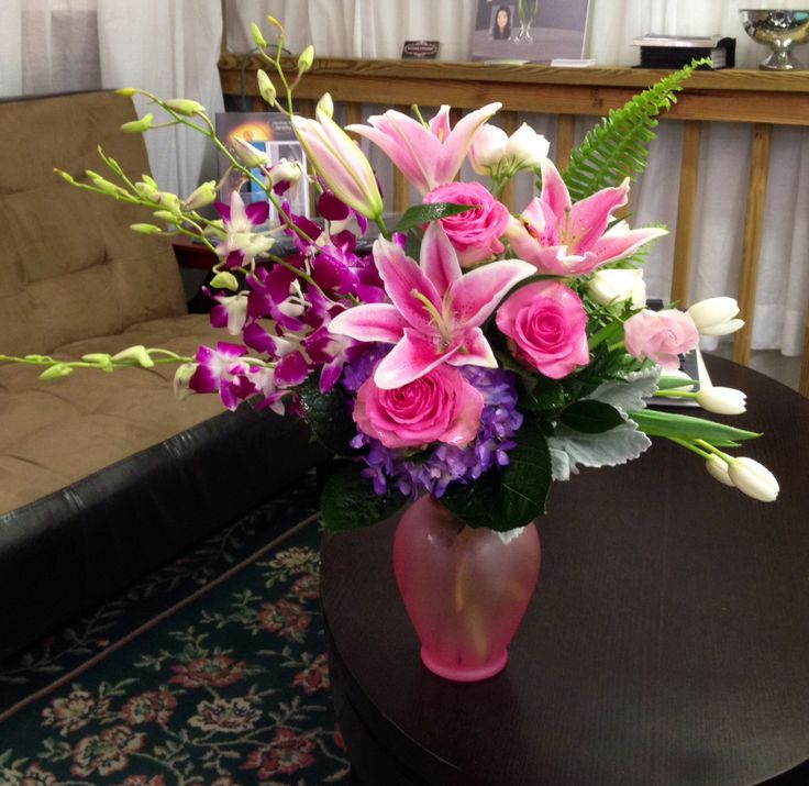 Orchids, lilies, roses, tulips, hydrangea and lisianthus . What more could a girl want?