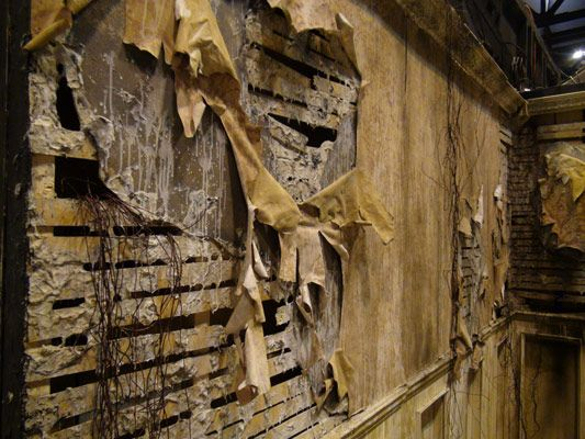 301 best haunted house diy ideas images on pinterest for Diy haunted house walls