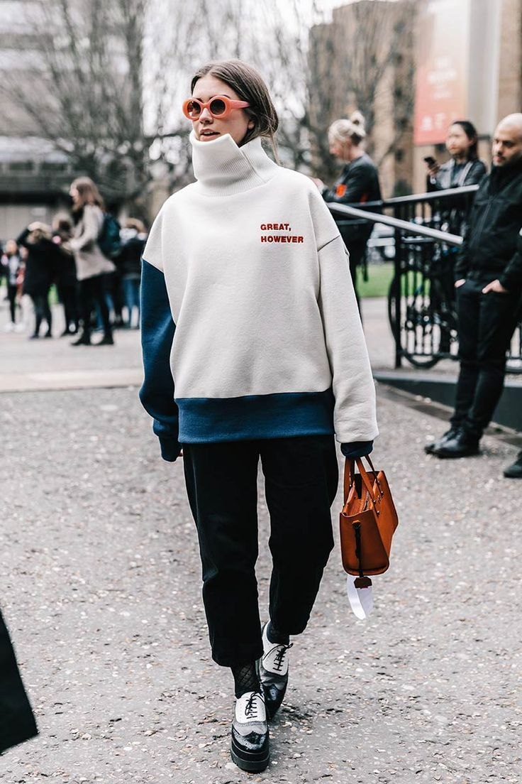 Street style inspiration, oversize sweater outfit, street fashion week style, looks ideas, outfit idea