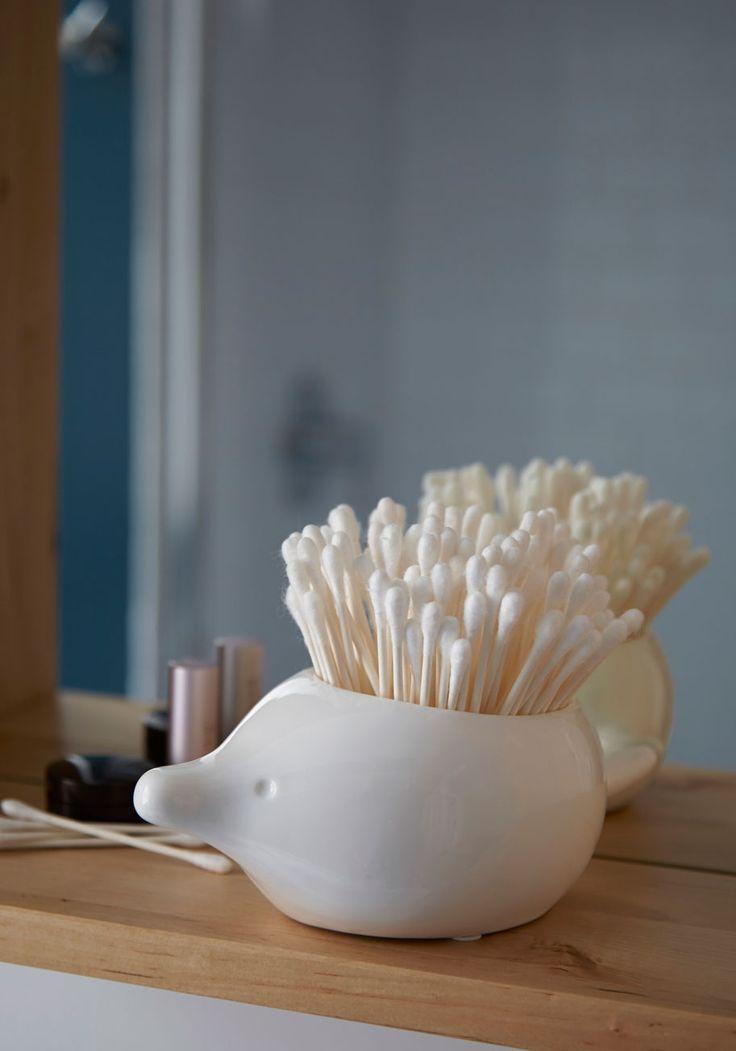 Best 25 q tip holder ideas on pinterest bathroom stuff for Bathroom q tip holder