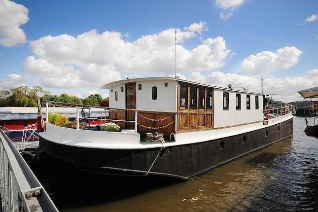 houseboat barge london