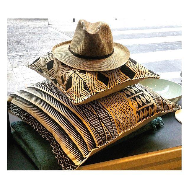 SnapWidget | Monsieur Indiana Jones a oublié son chapeau au 28 rue du Bac...#aventure #ambiance #nouveauté #lifestyle #safarichic @28ruedubac #9ruestroch