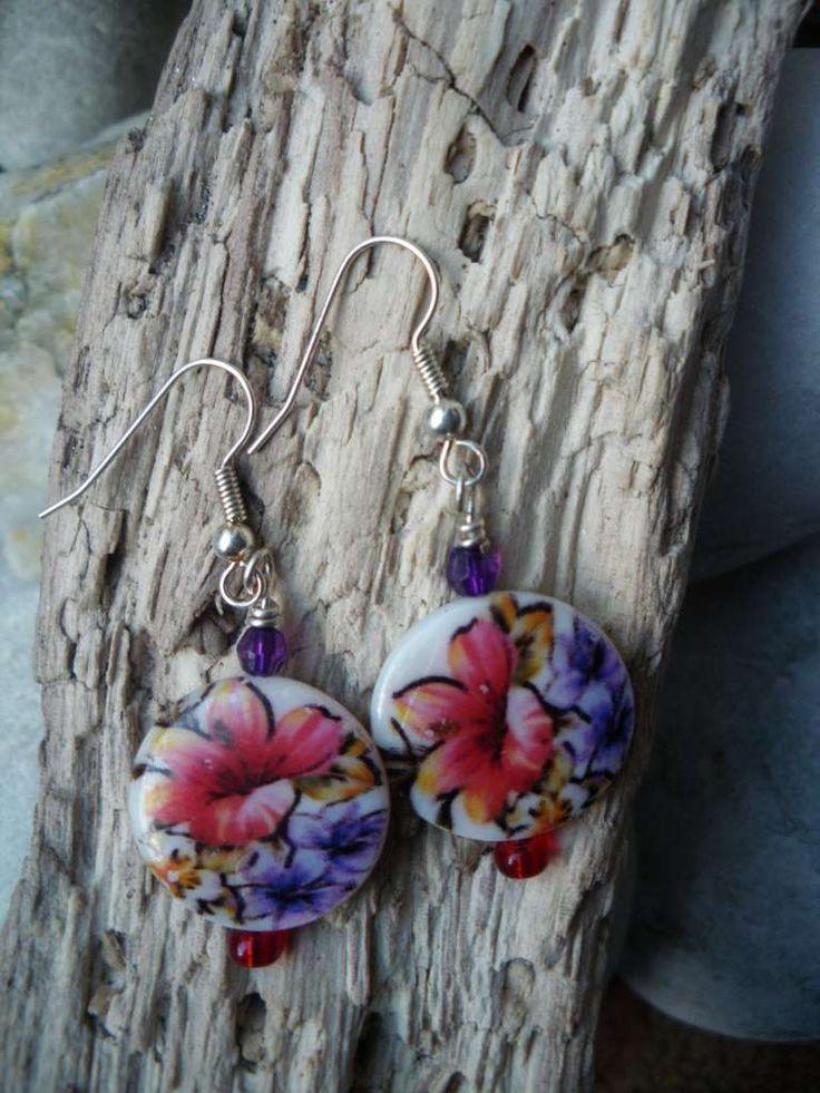 Printed shell flower earrings