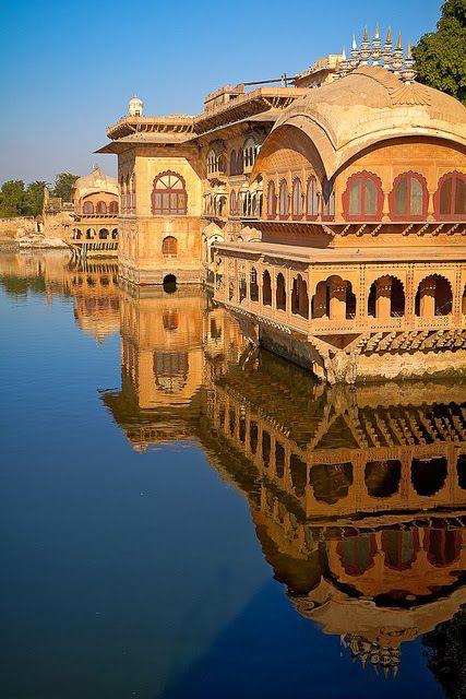 Deeg Palace, India.