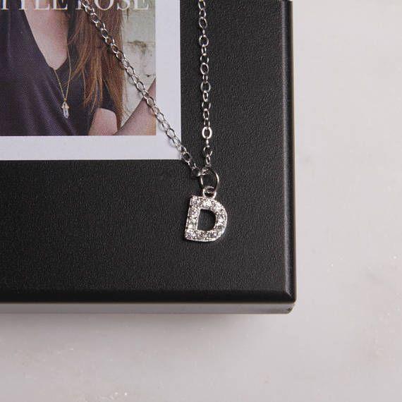 """Plata collar inicial """"D"""" / personalizado joyería aduana collar / collar delicado de plata / monograma collar / collar letra D"""