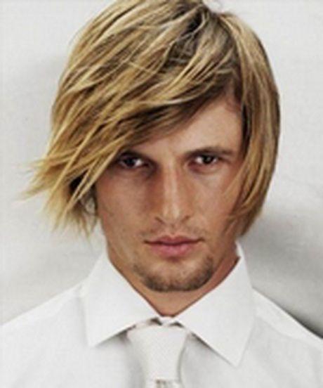 Coiffure pour homme blond