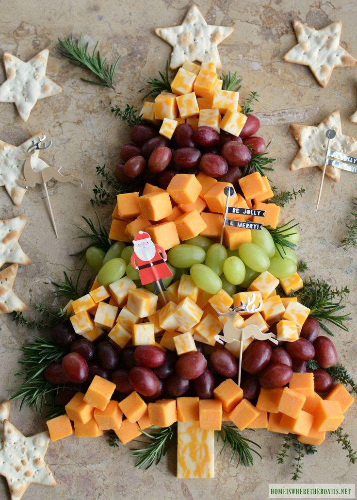 Easy Holiday Appetizer: Christmas Tree Cheese Board | homeiswheretheboatis.net #party #Christmas #appetizer #easy
