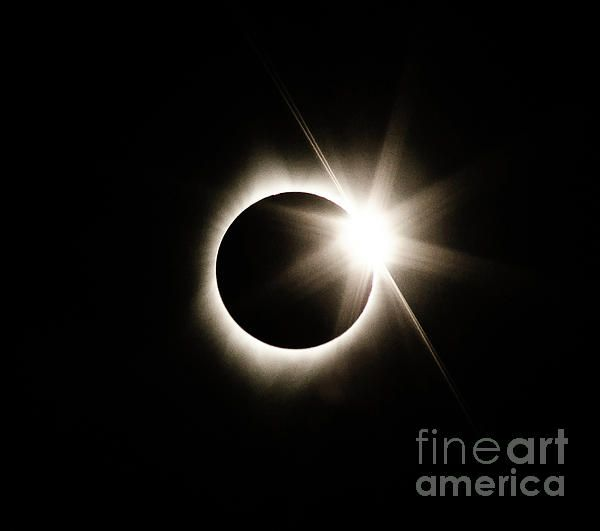 Awesome capture--among the best I have seen of this eclipse yet!  Love it!  Fave!