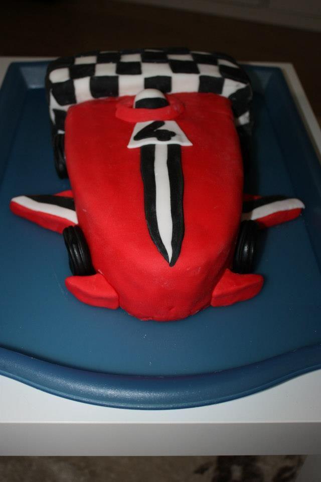 F1 kakku 4v. formulafanille