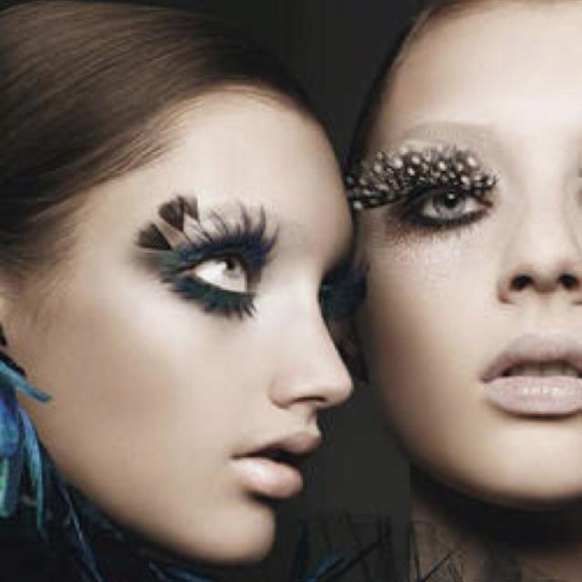 Fashion, Eye Makeup, Eyelashes, Halloween Makeup, Beautiful, Makeup Ideas, Eyemakeup, Feathers, Crazy Eye