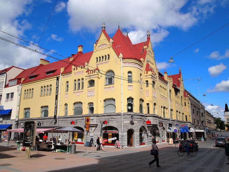 House of Tirkkonen on the corner of the street Kauppakatu and Kuninkaankatu in Tampere