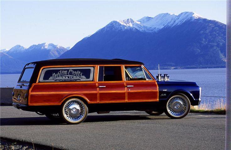 1970 Chevrolet Suburban Classic Trucks Magazine Chevy Suburban
