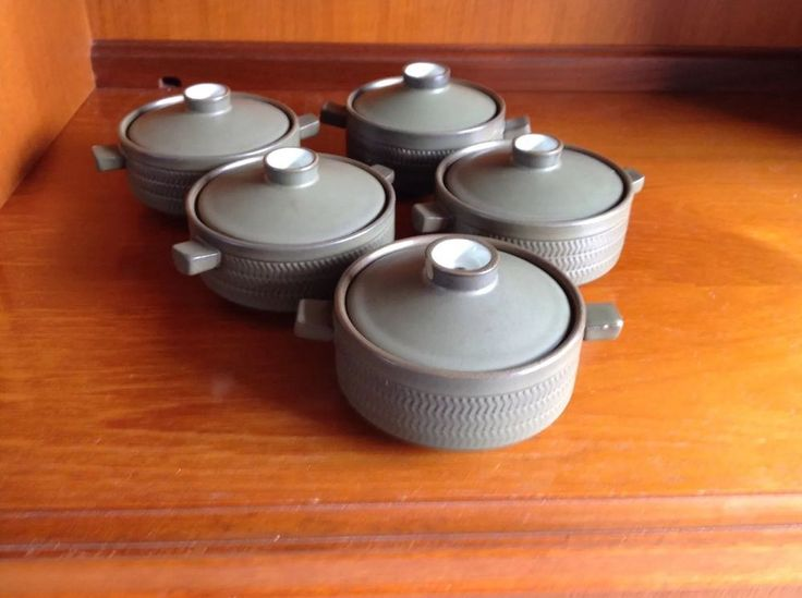 5x Denby Chevron lidded soup bowls / serving dishes- olive green 1960s modernist