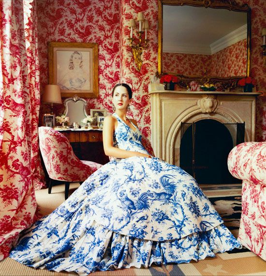 I love toile, chinoiserie and red; love blue with red.
