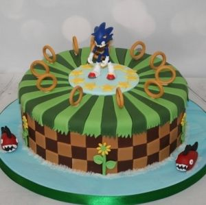 Single tier Sonic the Hedgehog cake