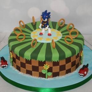 Single tier Sonic the Hedgehog cake