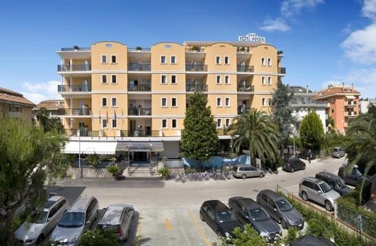 L'Imperial è un moderno Hotel a 4 stelle completamente rinnovato, aperto tutto l'anno. Hotel Imperial San Benedetto del Tronto - Hotel 4 stelle
