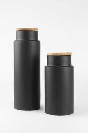 kuro storage jar 24cm #worthynzhomeware wwworthy.co.nz
