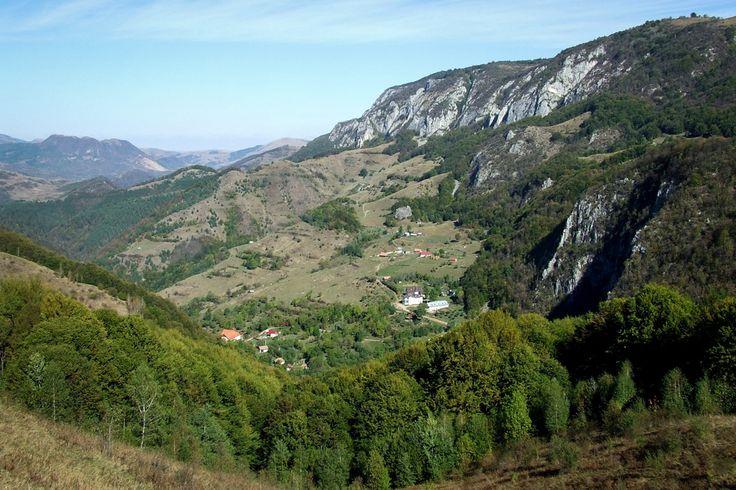 9 obiective turistice in zona Valea Ariesului - Tara Motilor.