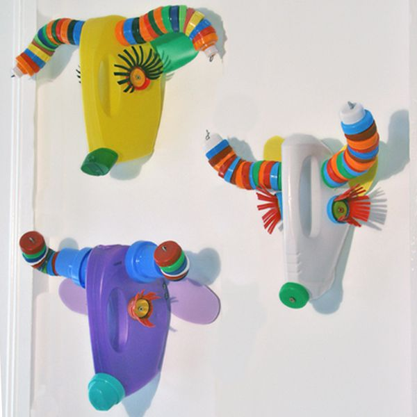 wall trophies made out of recycled plastics                                                                                                                                                      Mais